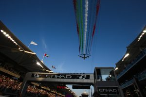 Flypast on the grid at Formula One World Championship, Rd19, Abu Dhabi Grand Prix, Race, Yas Marina Circuit, Abu Dhabi, UAE, Sunday 29 November 2015.