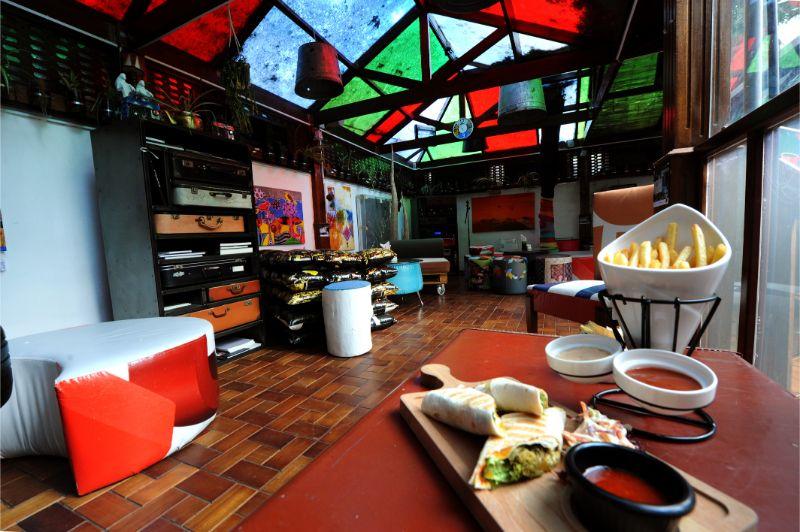 Coffee Shop, Art House Cafe