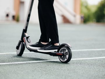 Abu Dhabi Welcomes Electric Scooters