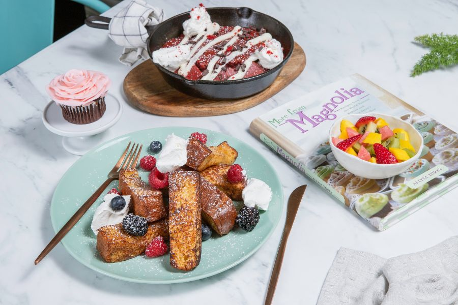 Cup cakes and deserts at Magnolia Bakery in Galleria Mall