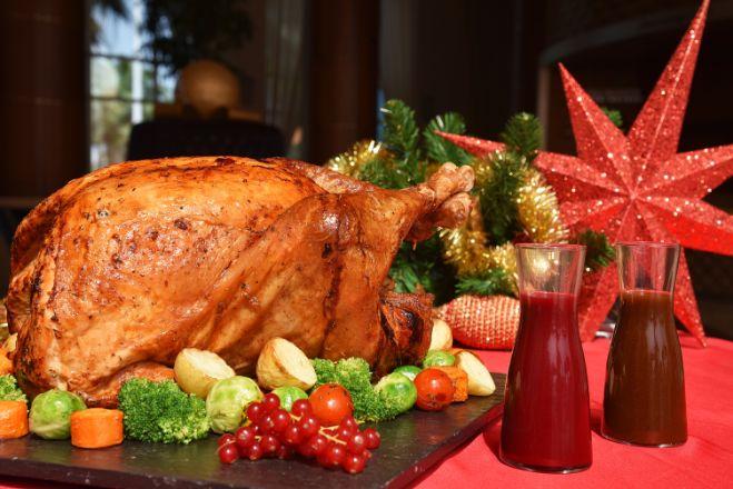 Turkey feast at Khalidiya Palace