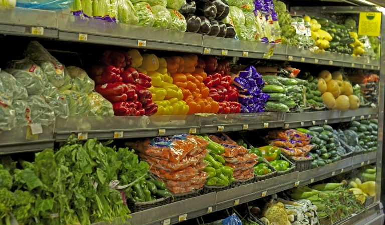 Abu Dhabi Grocery Shops Must Have Local Produce Sections