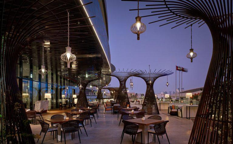 Pearl Lounge at Grand Hyatt Abu Dhabi
