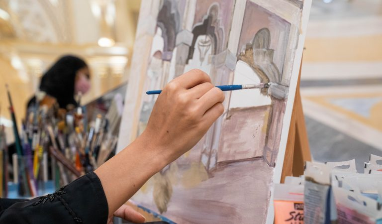 Qasr Al Watan: Explore local artists and art students from the live painting sessions